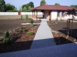 Záhrada 004