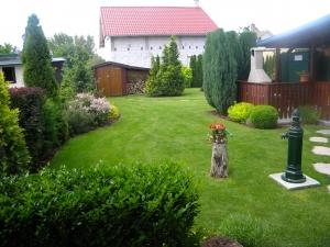 Parmelia - Záhrada 008